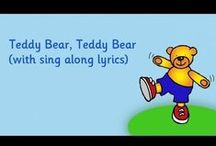 Singalong For Children / Help your children to learn the words to well know children's songs.