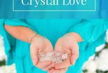 Crystal Love | Guides & Meanings / Crystals are such a beautiful gift from Mother Nature with vibrational energy that can support us into deeper self-love & harmony with ourselves and others. Meanings, healing, decor, display, stones, gemstones. https://www.michellemariemcgrath.com/