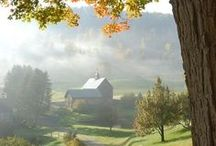 barns / one of my favorite smells -- the inside of a barn! / by Cindy Santonas