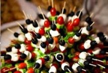 entertaining/ party ideas / by Maureen Hayles