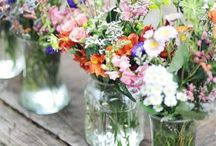 wild flowers/greenery wedding decorations