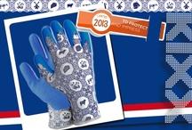 """KIXX ♥ (G)Loves Limited 2013 """"To Impress"""" / Ieder jaar heeft KIXX een """"Limited edition glove"""". Thema voor 2013 is """"Delftsblauw"""". Het Delftsblauwe patroon is zelf bedacht en ontworpen. Dit bord was onze inspiratiebron. Wil je de Limited 2013 kopen, kijk op www.kixx-safety.nl voor de verkooppunten."""
