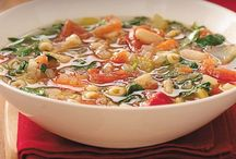 SoUp & sTeWs / by Holly Hoeft