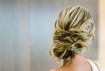 Hair & Beauty / by Hannah Helfer