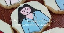 People Cookies / Decorated cookies that look like people.