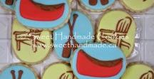 Cottage Themed Cookies / Decorated cookies celebrating the cottage.