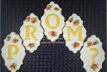 Prom Themed Cookies / Cookies with a prom theme.
