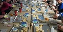 Bradford's Sweet School / Tobi Goldspink Cakes and Sweet Handmade Cookies offers decorating classes in Bradford, Ontario.