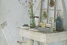 Home Decor / Inspiration for a beautiful relaxed home with a little bit of shabby chic!