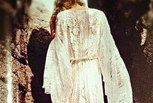 Vintage Bohemian Wedding Dress / Inspiration for vintage bohemian wedding dresses