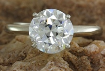 Diamond Jewelry / Diamond fashion and right-hand rings, bracelet, earrings, pendants, necklaces, and other jewelry featuring diamonds.