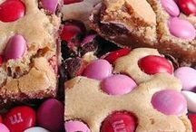 Cookie and Dessert bars / by Debbie Gourley