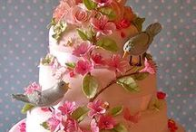 Amazing CAKES  / I'm a baker, but not a decorator!  These works of art are incredible and too pretty to eat.  :-)  Come visit my Etsy shop, That's The Cutest Thing--Handmade Treasures for Tots: http://www.ThatsTheCutestThing.etsy.com. Find me on Facebook: http://www.facebook.com/ThatsTheCutestThing 