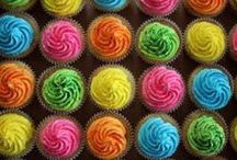 Cupcakes / by Kelli Doolittle