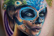 Sugar Skulls / by Kelli Doolittle
