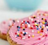 Delicous Desserts // Sweets / Delicious dessert ideas and recipes.