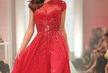 Dresses / by Jordan Hibbs