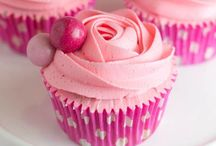 Cupcakes / by Christine Dang