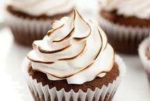 cupcakes / by C A R O L i N A