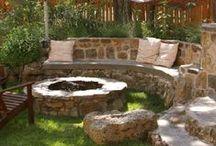 Outdoor Home: Yard & Garden / by Brigitte Brown