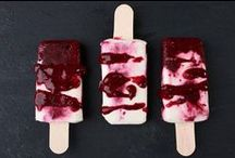 Eis am Stiel / Ein Sommer ohne die kalte Süßigkeit ist für uns absolut unvorstellbar! Dieses Jahr wird's echt cool, und zwar mit selbstgemachtem Eis und weiteren Varianten, die wir entdeckt haben.