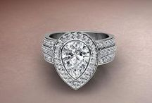 JAVDA Engagement Designs / Look No Further! We give you the most beautiful Engagement Designs at Javda!