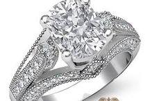 Cushion Shape Diamond Engagement Rings / Javda All Cushion Engagement Ring