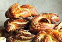 Bread & Baking / by Nathalie-Géraldine Ruffat-westling