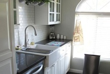 Kitchens / by Amber Rusch