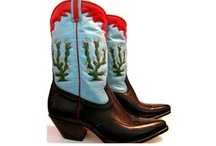 Cowboy Boots / by Catherine Troy