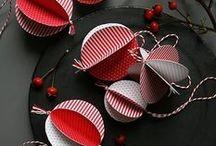 Holiday {DIY Christmas Ornaments} / Fun and easy DIY Christmas ornament ideas to make for the holidays! #diychristmasornaments #crafts #holidaycrafts  For more ideas http://blog.thecelebrationshoppe.com