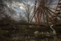 Abandoned - theme parks, places relics, nostalgia and things forgotten - / Ideas for art / by Christine Ramsey