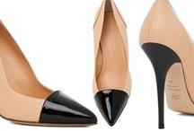 Shoes  / by Fernanda Trigueiro