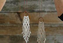 DIY jewelry / Ideen, wie ihr Schmuck aus den unterschiedlichsten Materialien selbst machen könnt. Aus Garn, Fimo, Beton und vielem mehr.