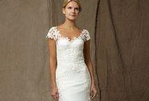 short-sleeved wedding dresses