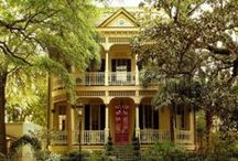 Victorian Homes / its a very sexy and sweet home ................. / by Nancy Busch