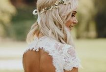Boho Wedding Ideas / Bohemian is a huge trend for weddings these days, and we don't think it'll be going away any time soon. With the beautiful flower headbands and infusion of nature into every aspect of the nuptials, who wouldn't want a Bohemian-themed wedding?!
