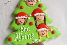 Christmas Tree and Wreath Cookies / Decorated Christmas Tree Cookies and Christmas Wreath Cookies