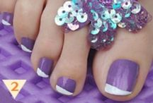 NAILS-Toe / by Diandra Thompson
