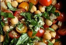 Food - Vegetarian and Vegetables / by Rachel Clark