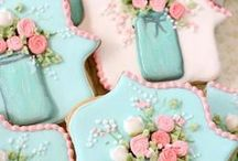 Mother's Day Cookies / Cookies to Celebrate Amazing Mom's all Over the World