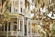 Plantations and Mansions of the South / by Lisa Emerson