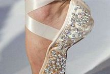Sparkle / Golds, silvers and metallics. All sparkle here