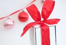 Christmas Gift Wrap / Traditional and Non Traditional Gift Wrappings, so the outside of the package is as beautiful as the gift inside.