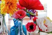 Crepe Paper Flowers / The art of crepe paper flowers! Love it. Roses, tulips, daisies... #crepe #flower