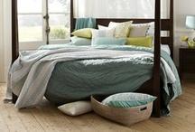 Bedrooms / by Valeri Andersen