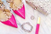 C O L O R . Shades of Pink .