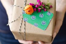 Give Me {Gifting Wrapping Ideas} / by Storyboard Wedding
