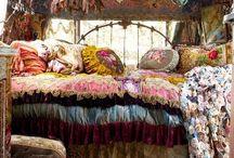 KENZIE's BEDROOM / by S⃣H⃣A⃣N⃣D⃣A⃣ S⃣U⃣T⃣T⃣O⃣N⃣