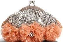 ··⊱ minaudière   / ~~ fashion accessory ~~ generally considered a jewelry piece ~~ intended to substitute for an evening bag ~~ / by ᶫᵒᵛᵉᵧₒᵤ  ~ Julia